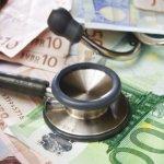 Regeerakkoord: minder geld voor huisartsenzorg en wijkverpleging