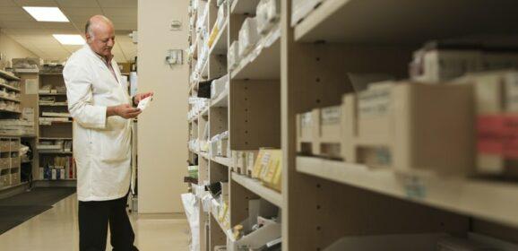 Apothekers slaan alarm bij Kamer na contractopzegging Zilveren Kruis